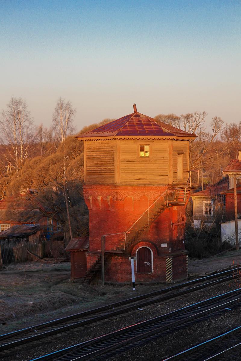 Водонапорная башня на ст. Мста