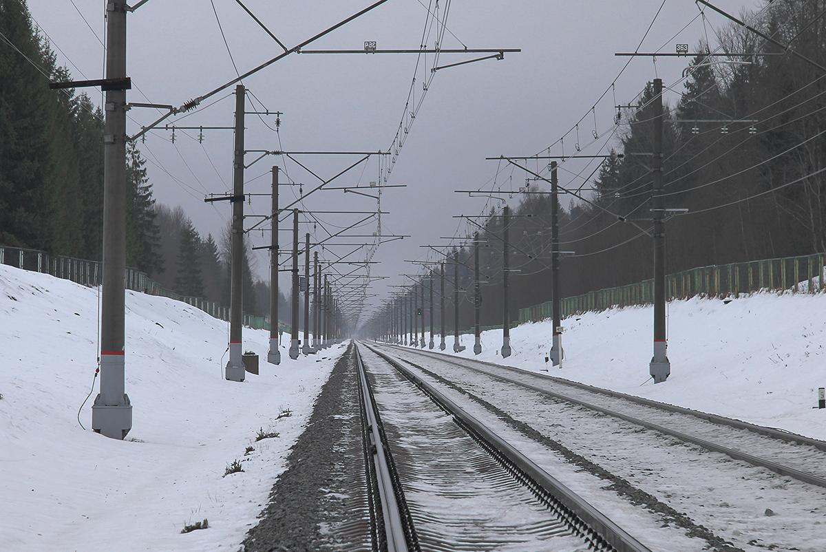 Участок Левошинка - Бухаловский переезд, вид в сторону ст. Калашниково