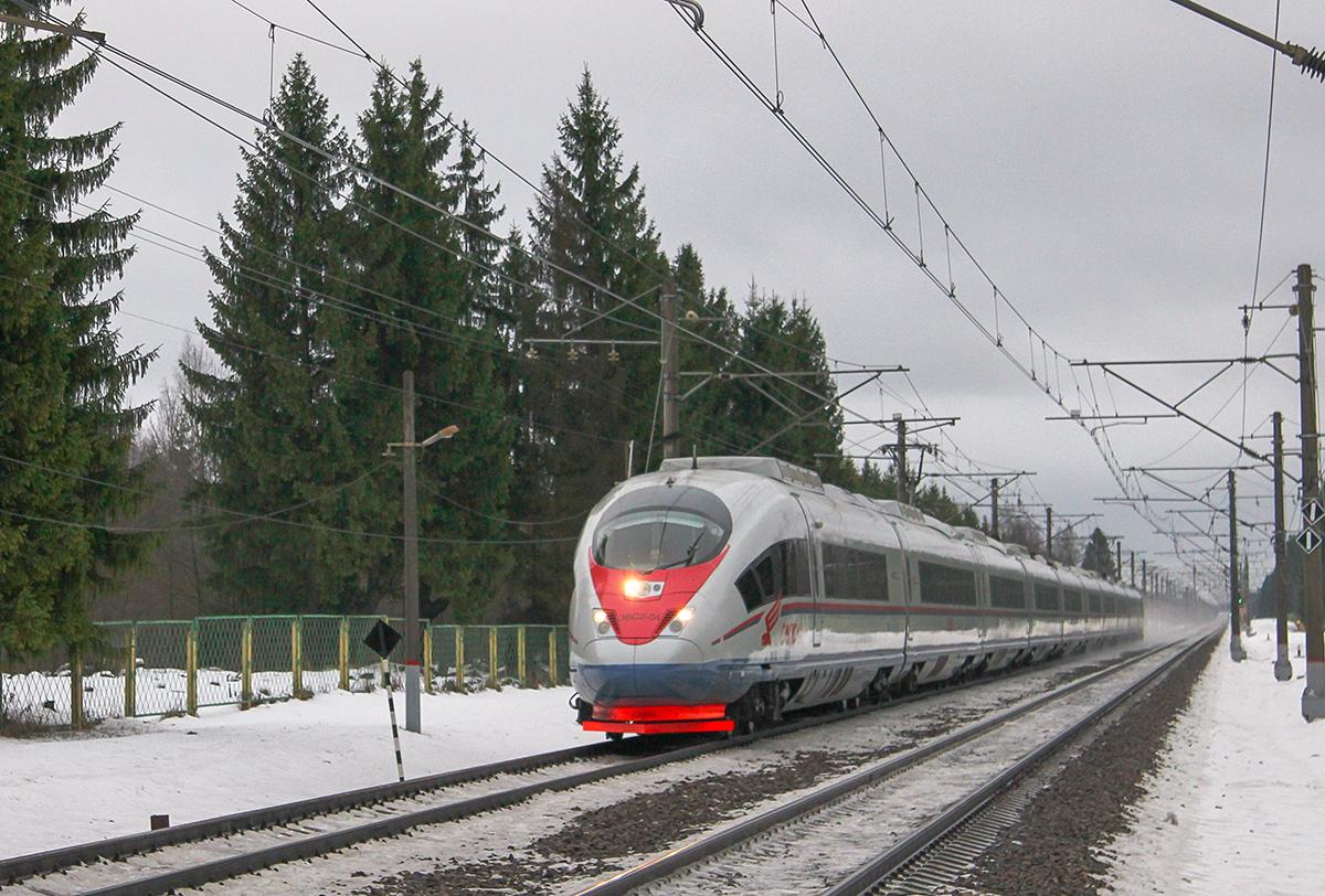 Электропоезд ЭВС2-04 «Сапсан» на перегоне Калашниково - Спирово