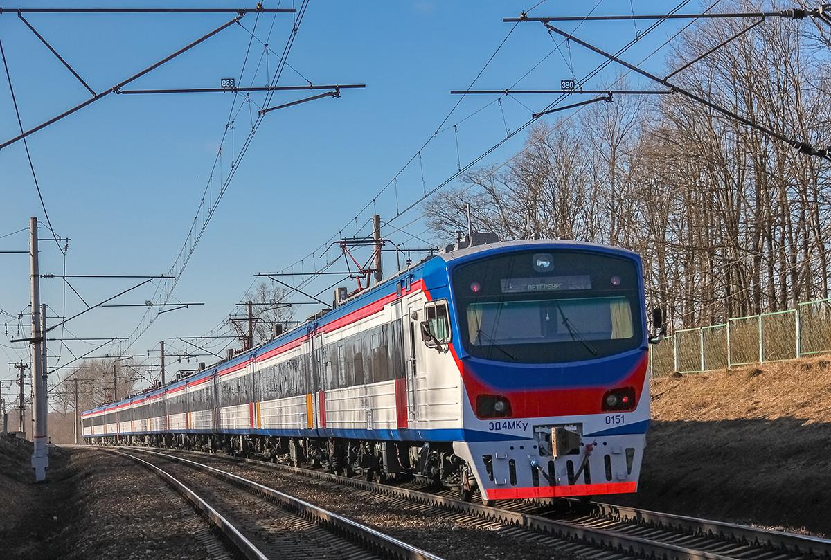 Электропоезд ЭД4МКУ-0151 на перегоне Клин - Решетниково