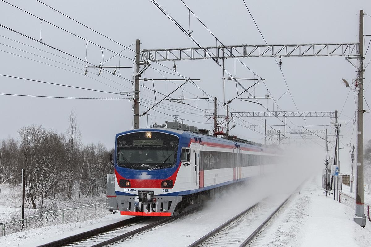 Электропоезд ЭД4МКУ-0151 проследует платформу Межево, перегон Редкино - Тверь