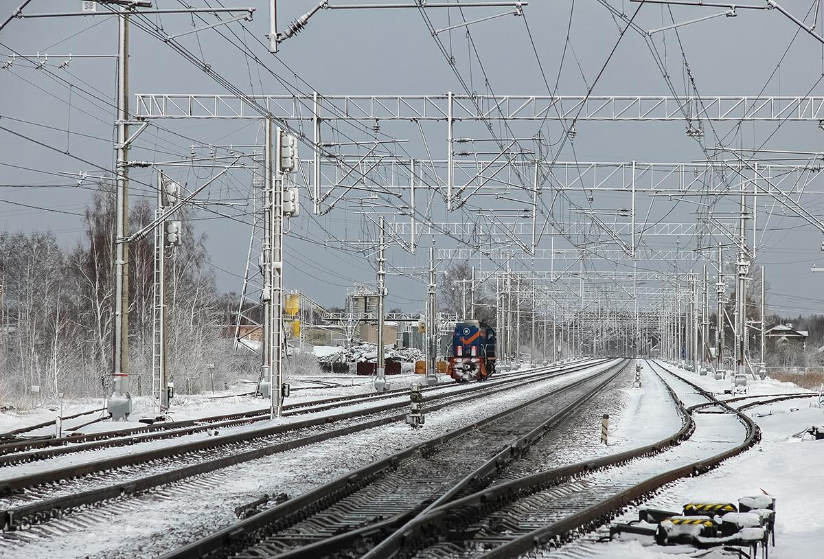 Тепловоз ТЭМ2-7034 на станции Редкино