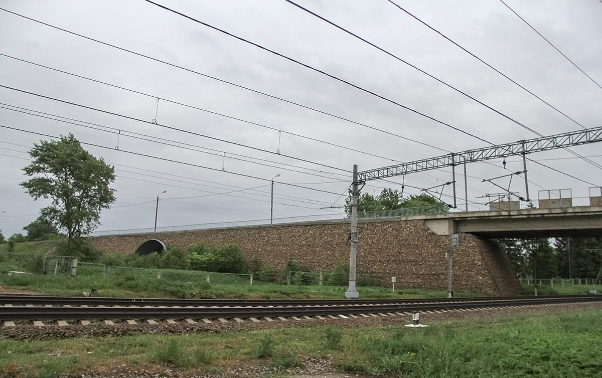 Мост в окрестностях платформы Кулицкая