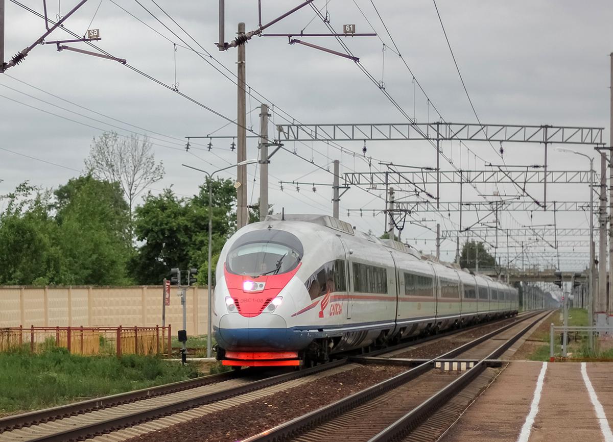 Электропоезд ЭВС1-08 «Сапсан» проследует оп Кулицкая, перегон Дорошиха - Лихославль