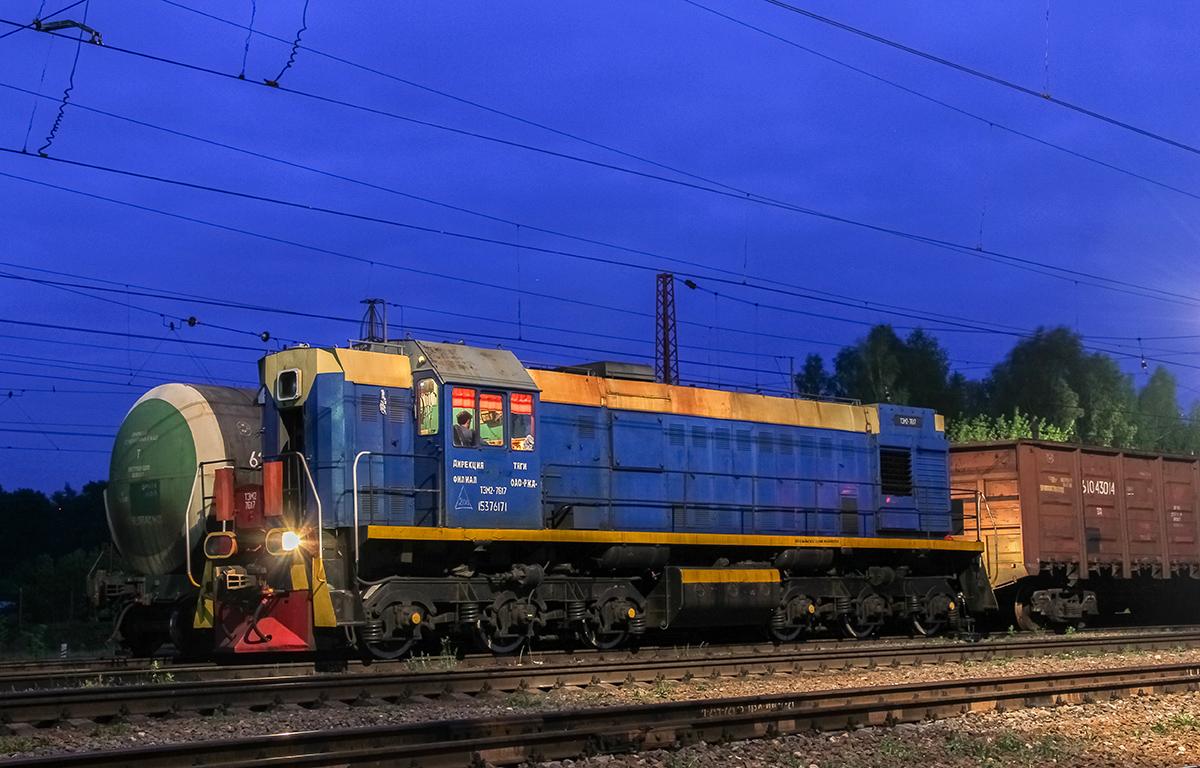 Тепловоз ТЭМ2-7617 на станции Торжок