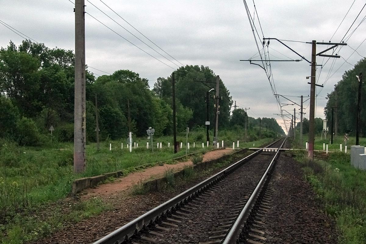 Вид от платформы Сокол (о.п. 30 км) в сторону Лихославля