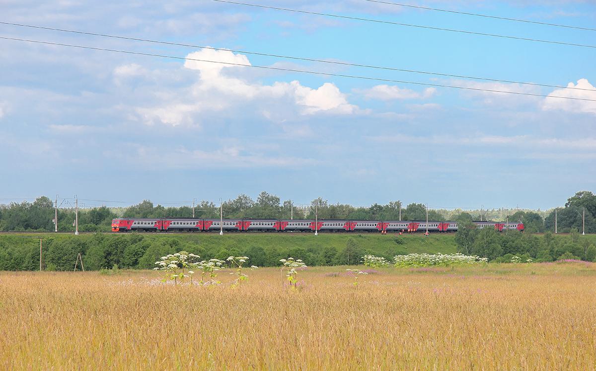 Электропоезд ЭТ2М в окрестностях платформы Головково, перегон Клин - Подсолнечная
