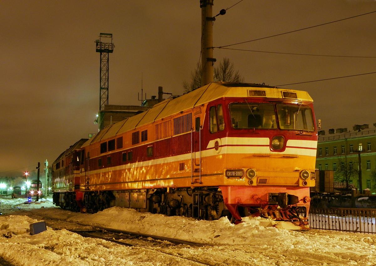 Тепловоз ТЭП70-0185, ст. Санкт-Петербург-Витебский