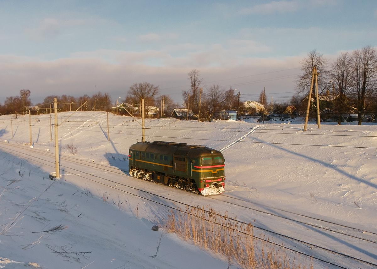 Тепловоз М62-1489 на перегоне Новый Петергоф - Ораниенбаум-I