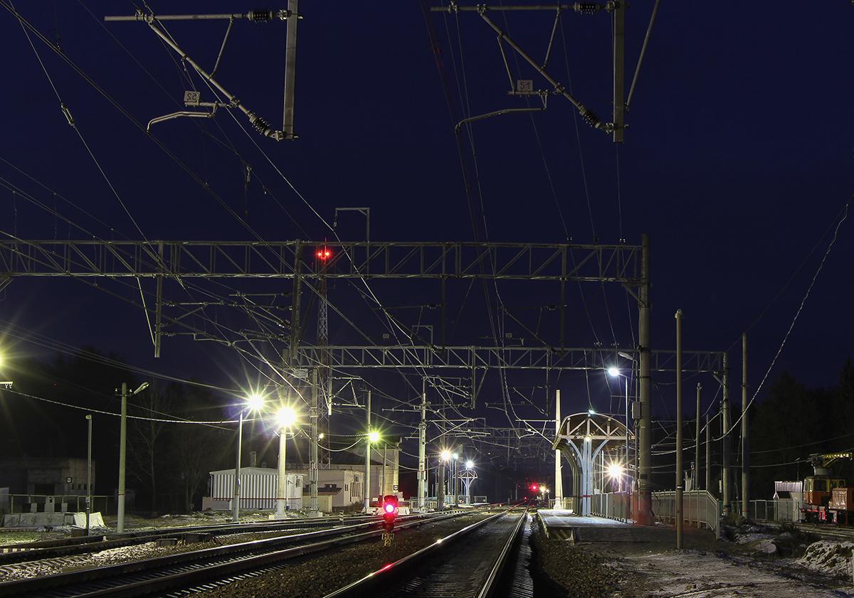 Пассажирские платформы станции Боровёнка