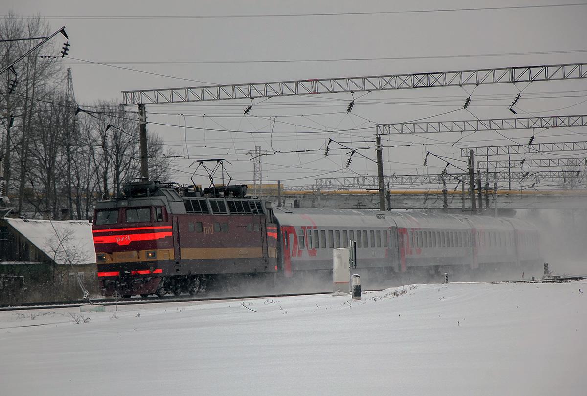Электровоз ЧС4Т-346 с поездом Москва - Париж на станции Вязьма