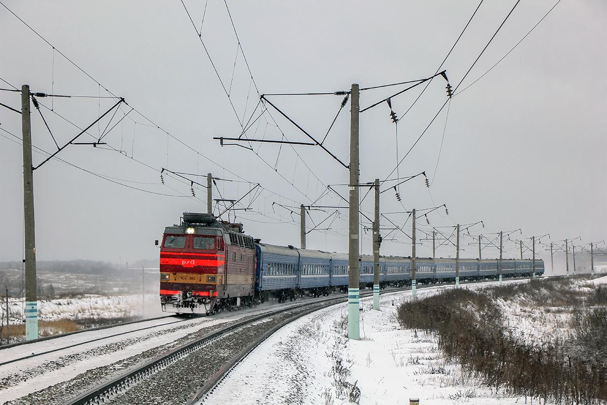 Электровоз ЧС4Т-364 с пассажирским поездом, перегон Семлёво - Вязьма