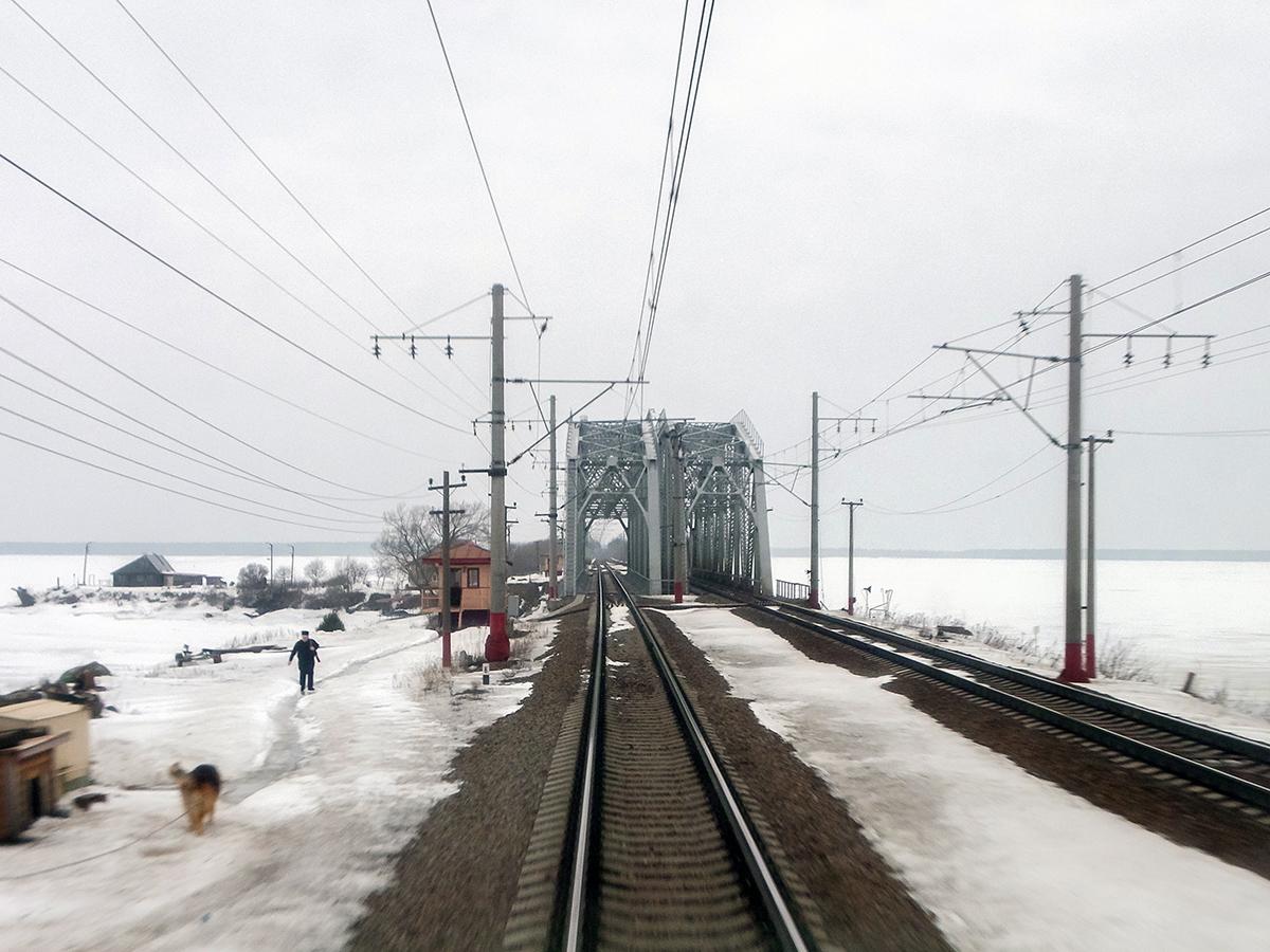 Мост через Московское море (Иваньковское водохранилище), перегон Редкино - Завидово