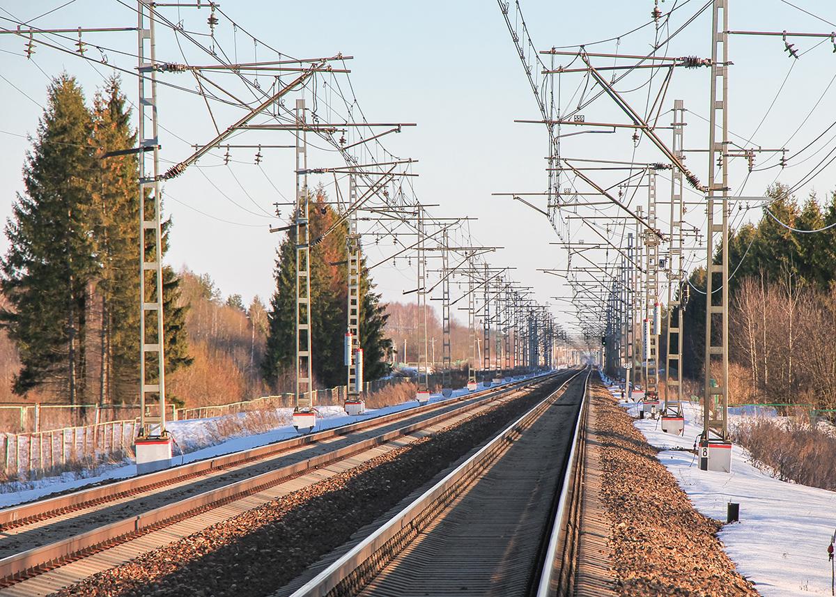 Вид от платформы Кулицкий Мох в сторону станции Дорошиха