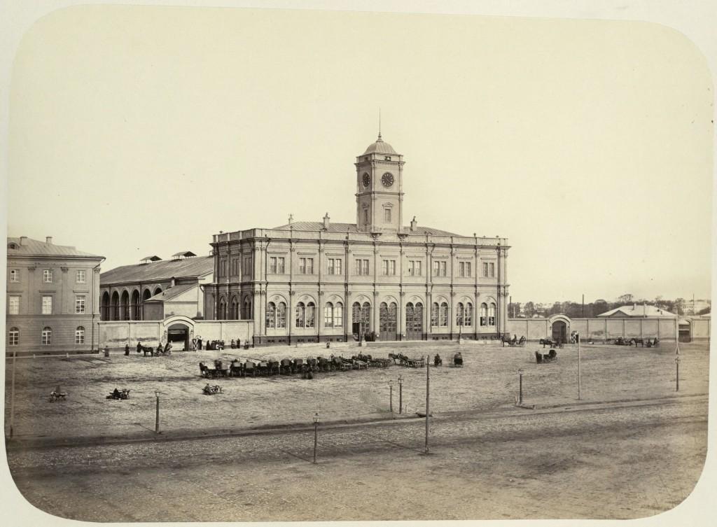 Ленинградский (Николаевский) вокзал в Москве, Октябрьская ЖД