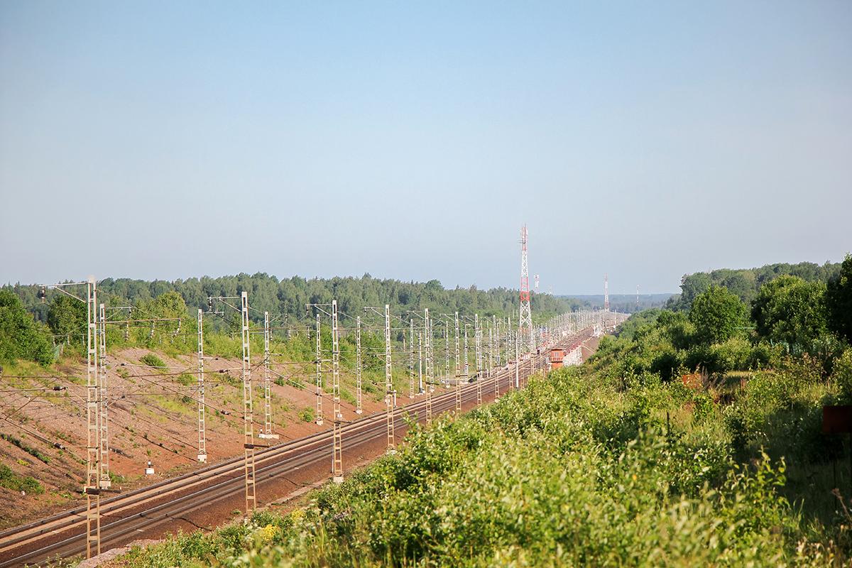 Вид на перегон Торбино - Мстинский мост и Веребьинский овраг