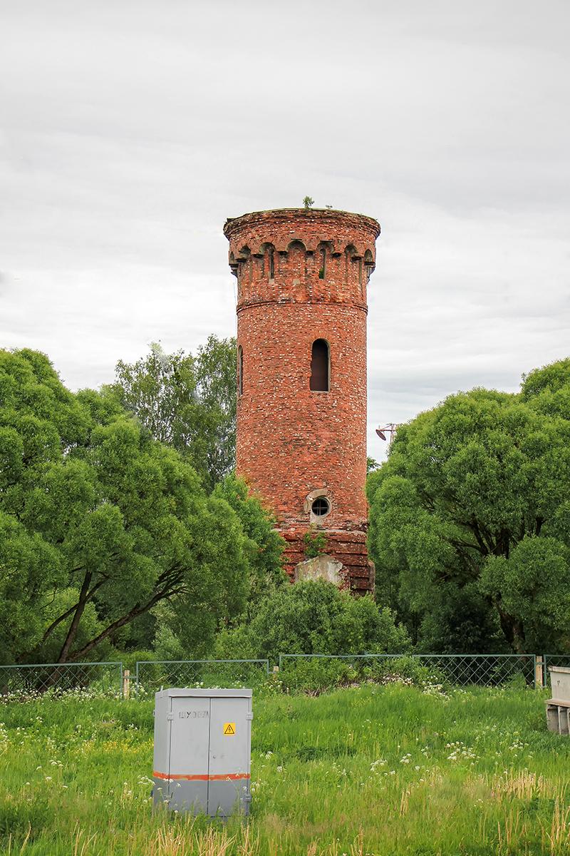 Водонапорная башня в окрестностях станции Торбино