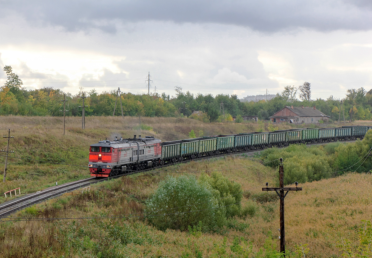 Тепловоз 2ТЭ10С-0002 на перегоне Миллионная - Павелец-II-Сызранский