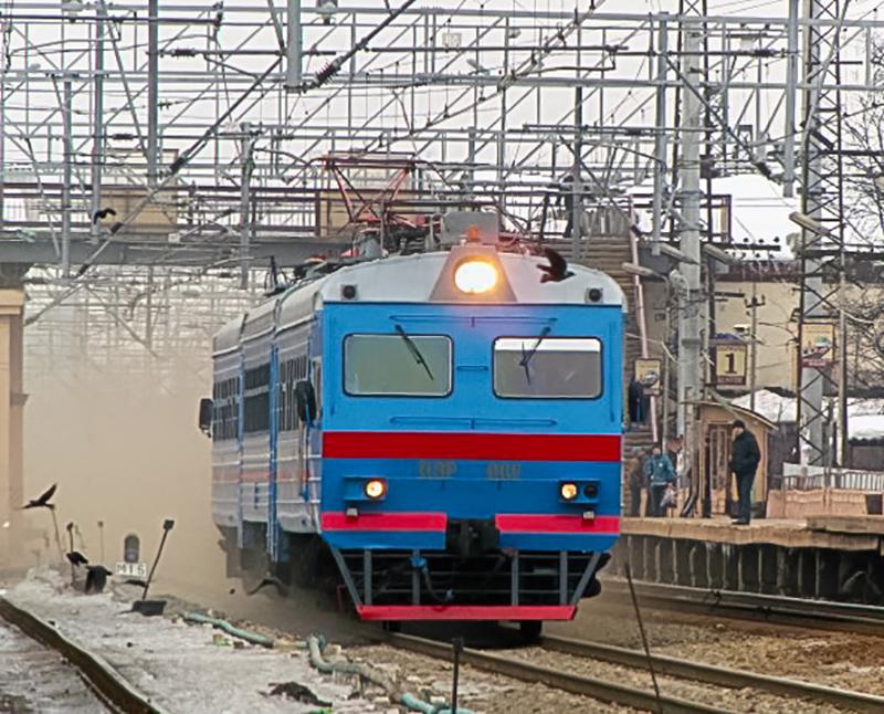 Электромотриса ДЭР-002 на станции Подсолнечная
