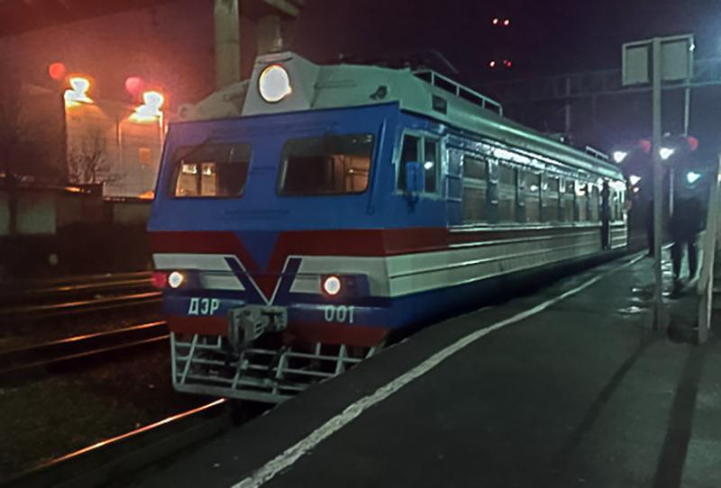 Служебная электромотриса ДЭР-001 на станции Клин