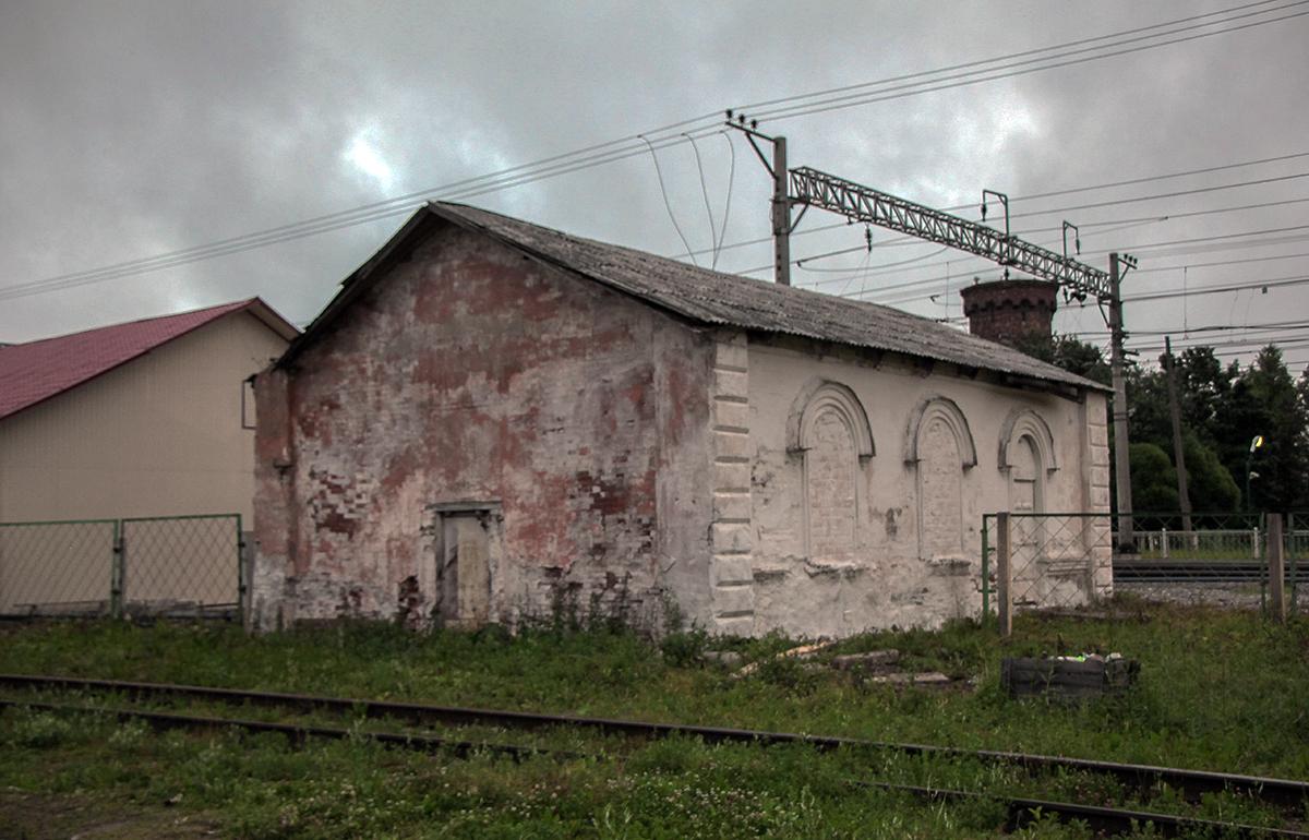 Сохранившаяся архитектура станции III-го класса Николаевской ЖД на станции Торбино