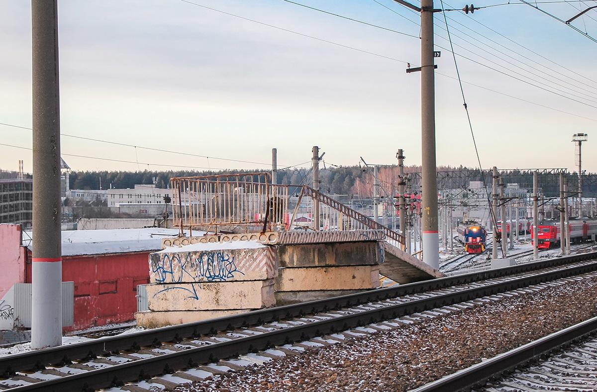 "Платформа 610 километр (служебная), ""на Москву"", станция Крюково"
