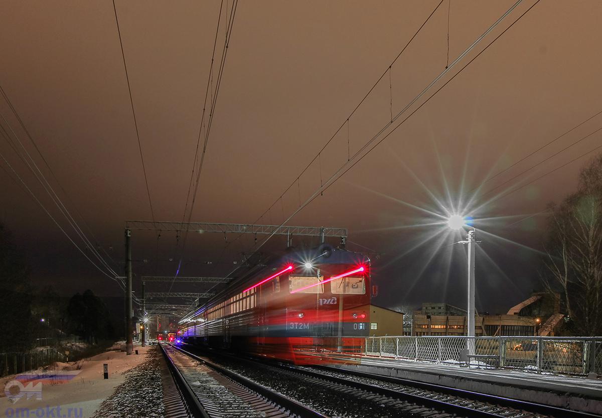 Электропоезд ЭТ2М-061 на станции Дорошиха