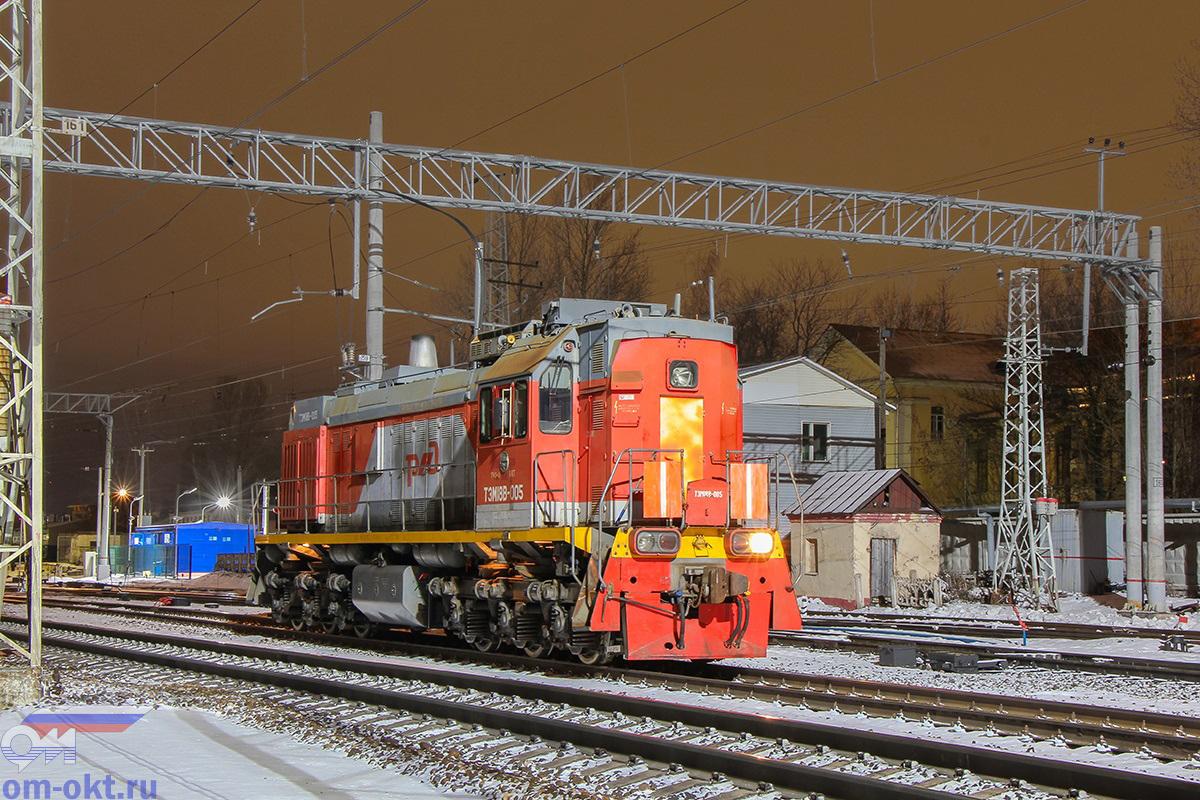 Тепловоз ТЭМ18В-005, станция Тверь