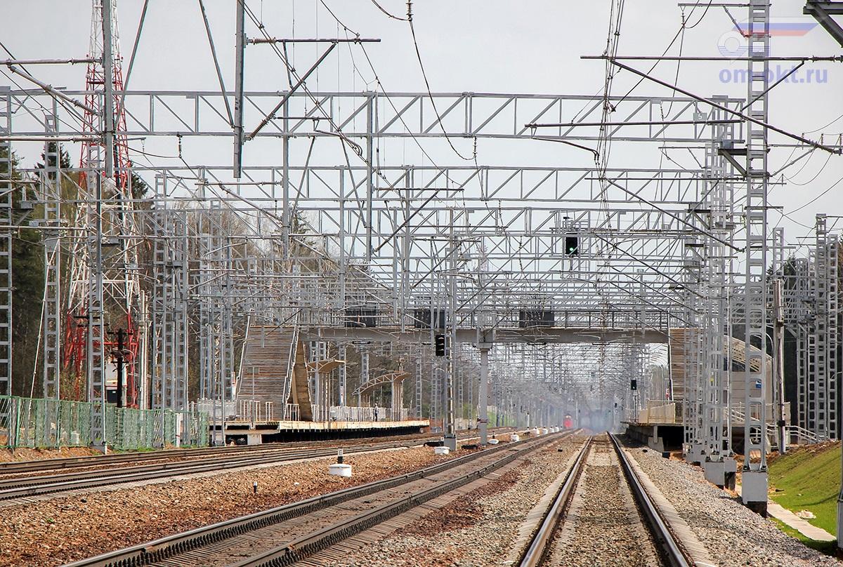 Вид на платформу Малино со стороны станции Крюково