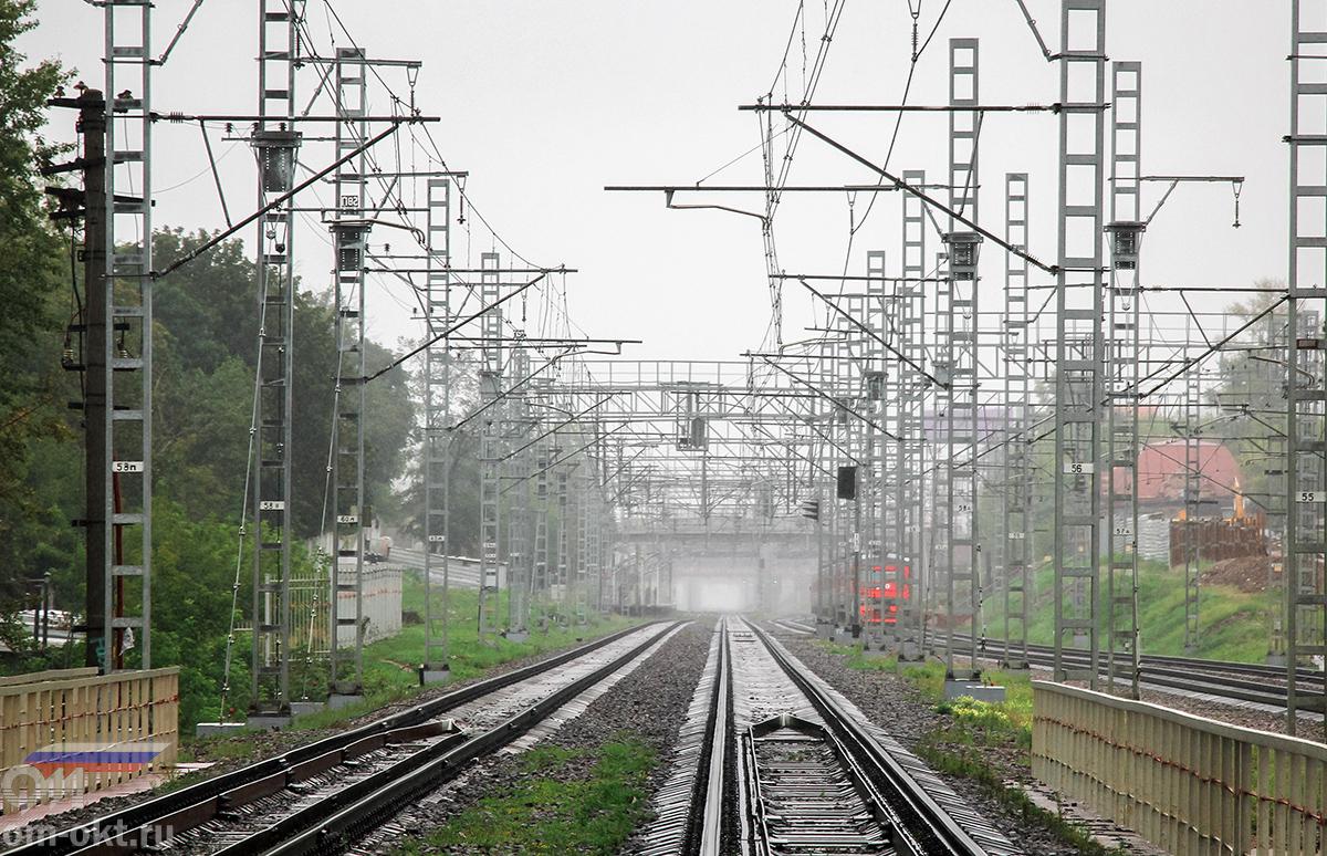 Вид от платформы НАТИ в сторону платформы Петровско-Разумовское