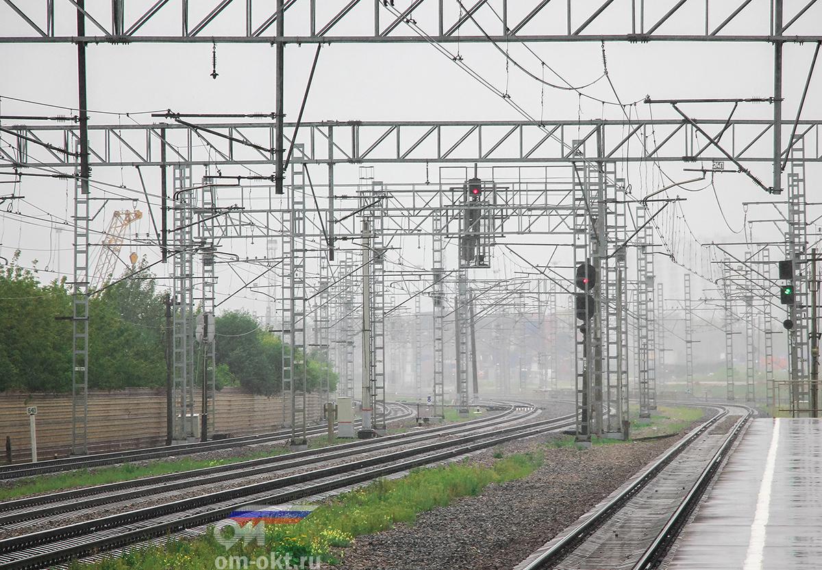 Вид от платформы НАТИ в сторону платформы Моссельмаш