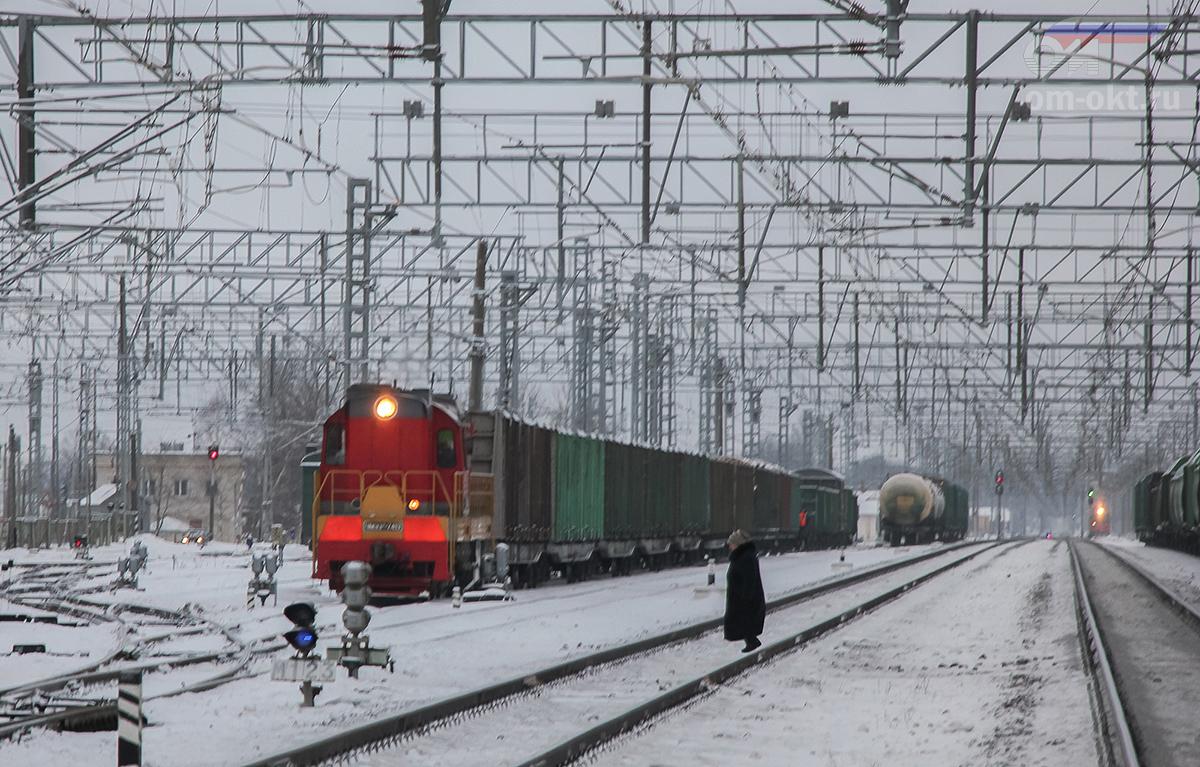Вид от вокзала станции Чудово-Московское в сторону станции Торфяное