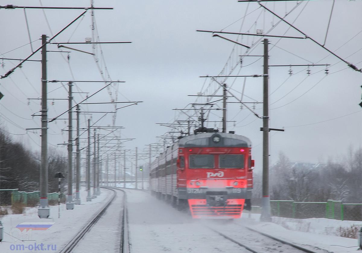 Электропоезд ЭТ2М-119 отправился от платформы Волхово, перегон Чудово-Московское - Гряды