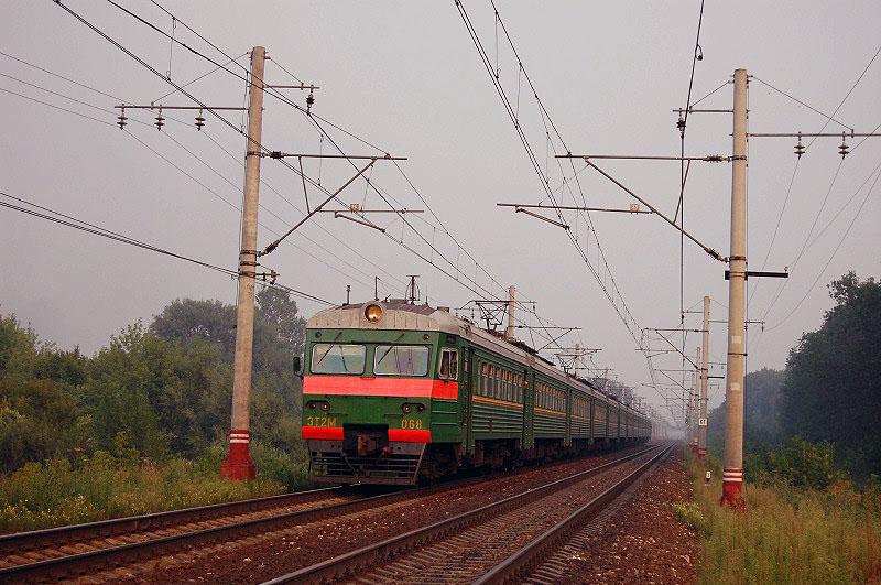 Электропоезд ЭТ2М-068 на перегоне Редкино - Тверь