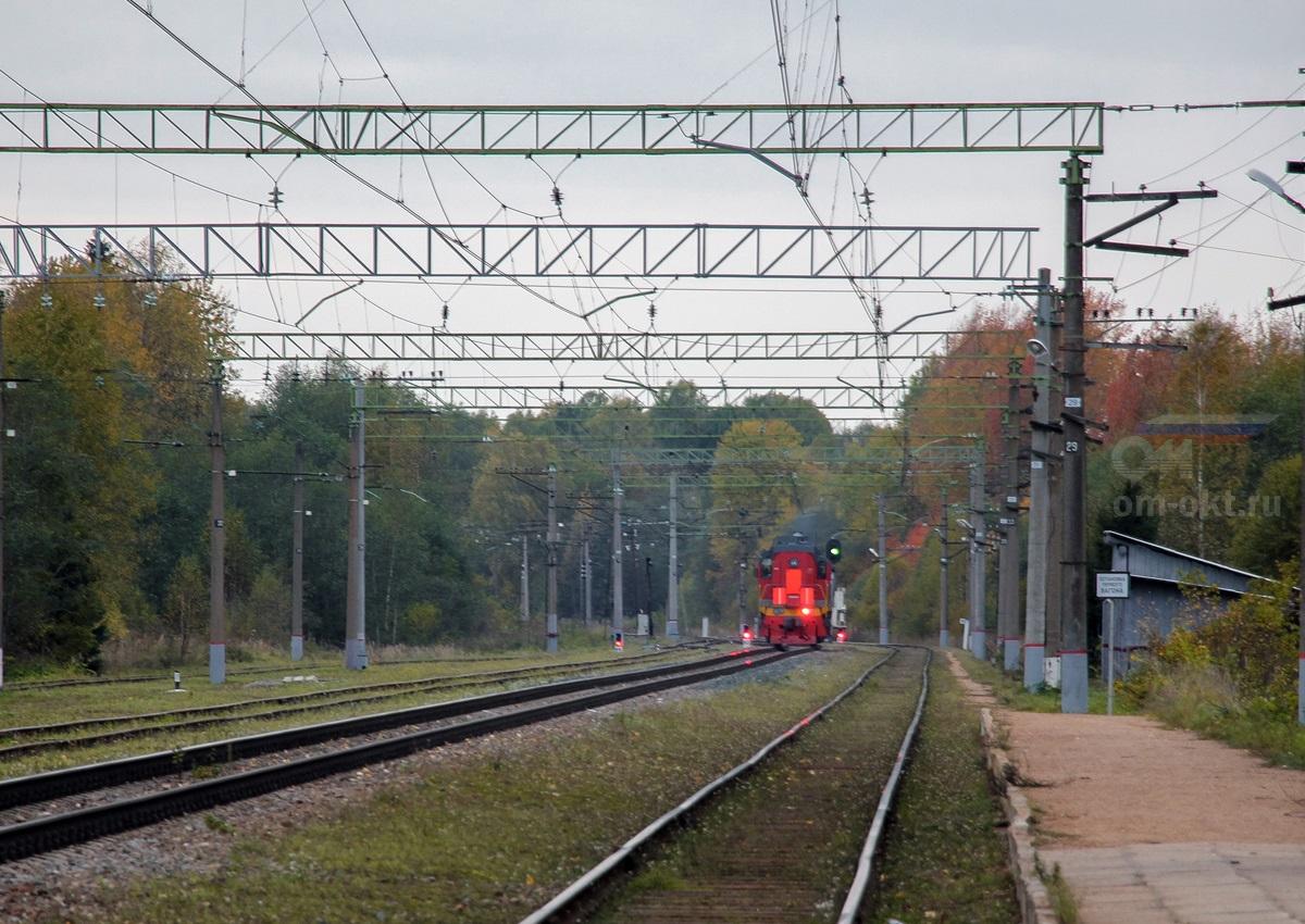 Тепловоз ТЭМ18В на станции Терешкино