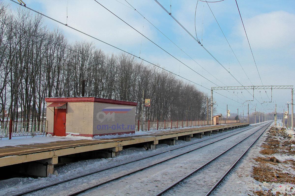 Платформа Стреглово, вид на станцию Клин