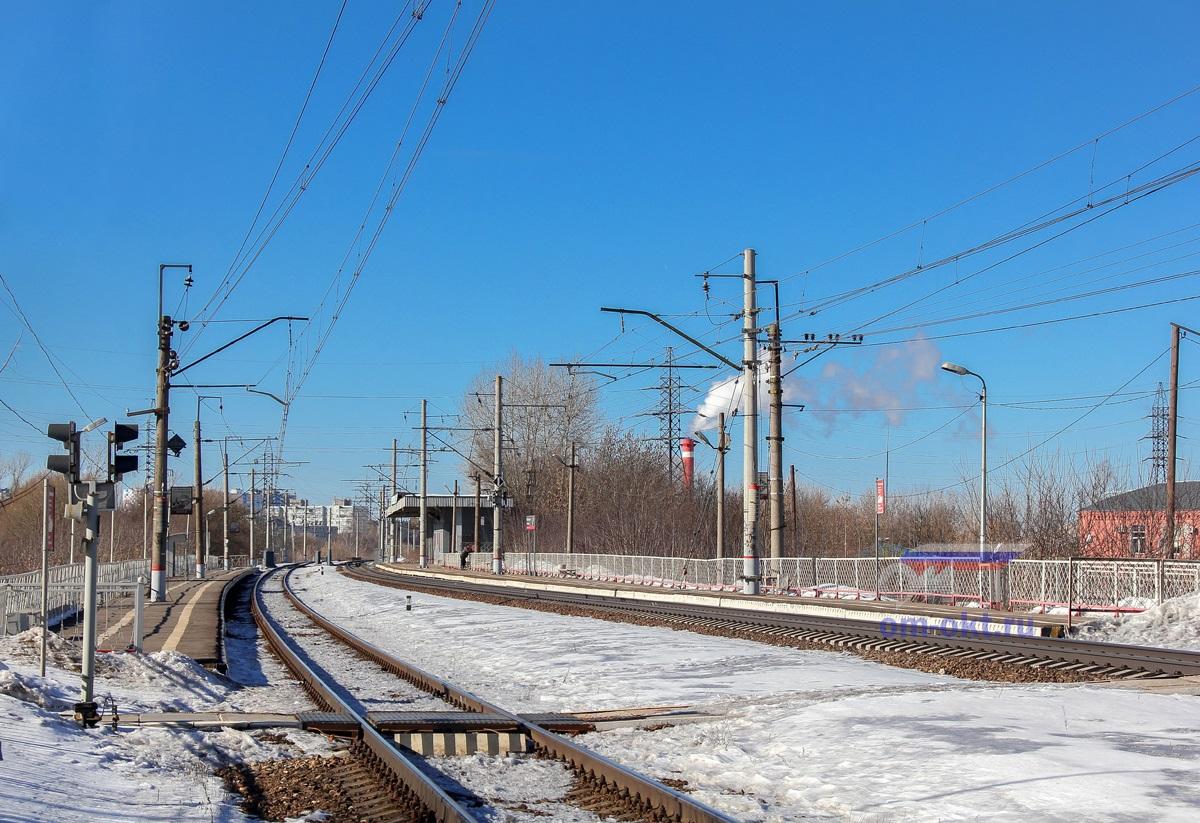 Вид на платформу Пролетарская со стороны ст. Тверь