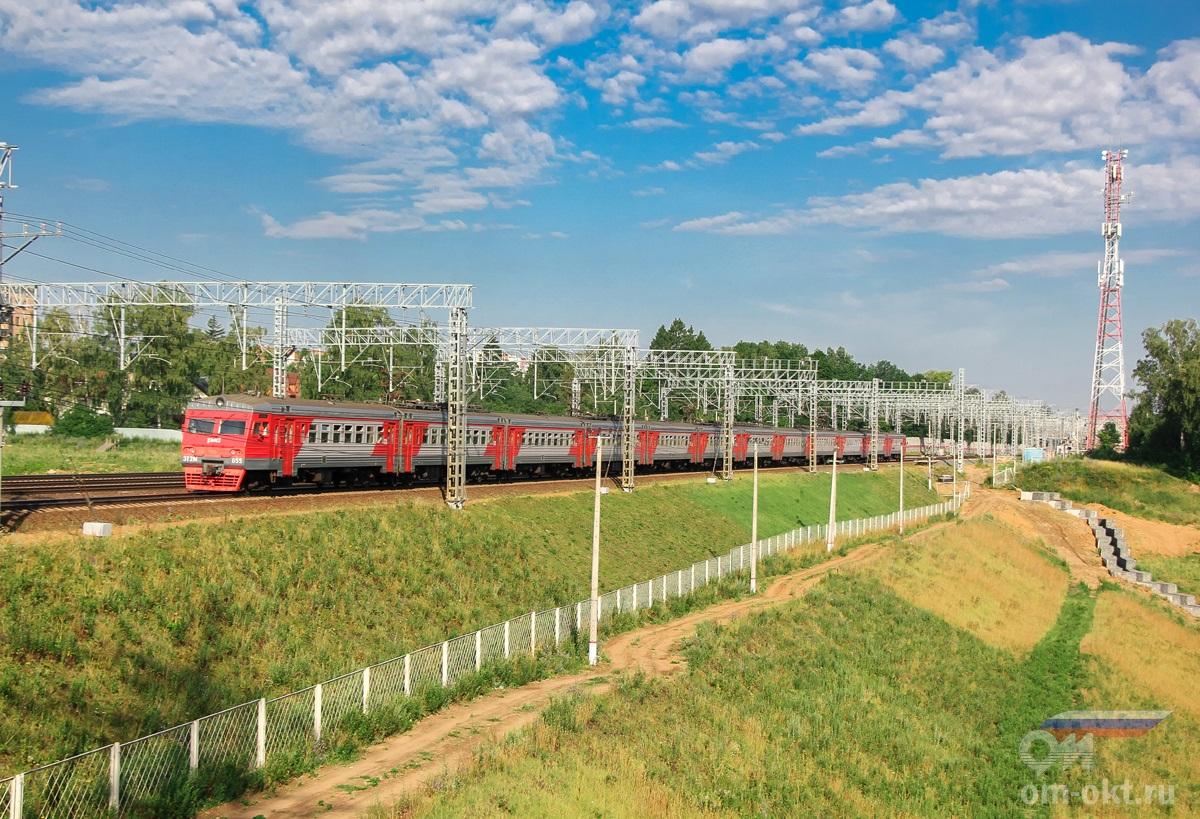 Электропоезд ЭТ2М-055 на перегоне Химки - Сходня