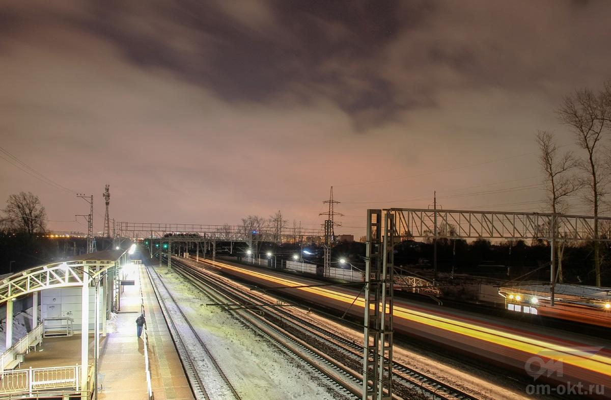 Вид от платформы Новоподрезково в сторону платформы Планерная