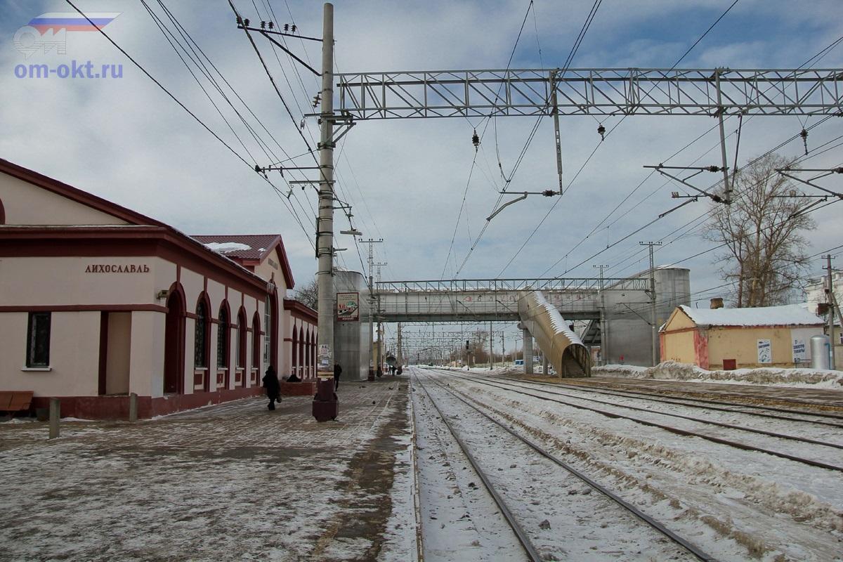 Вид на станцию Лихославль в сторону Калашниково
