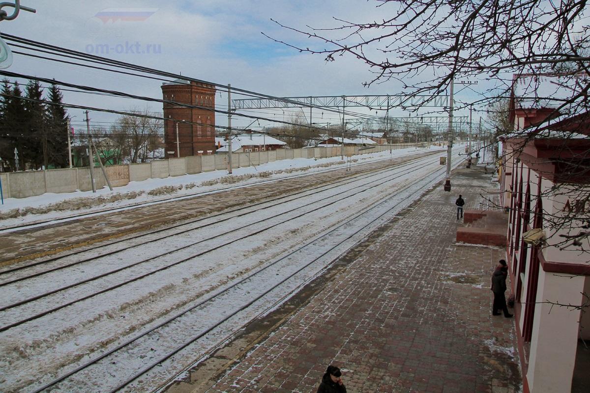 Пассажирские платформы станции Лихославль