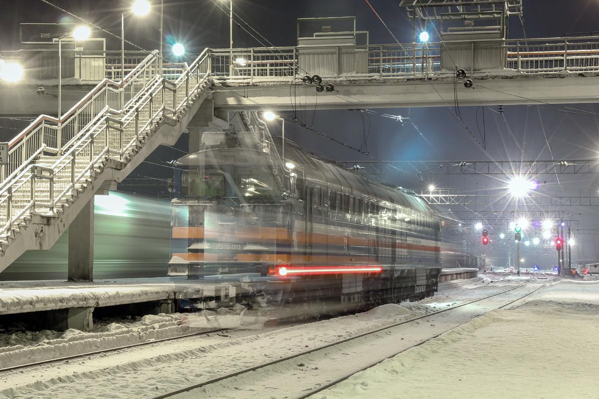 Тепловоз 2ТЭ116-1713 на станции Волоколамск