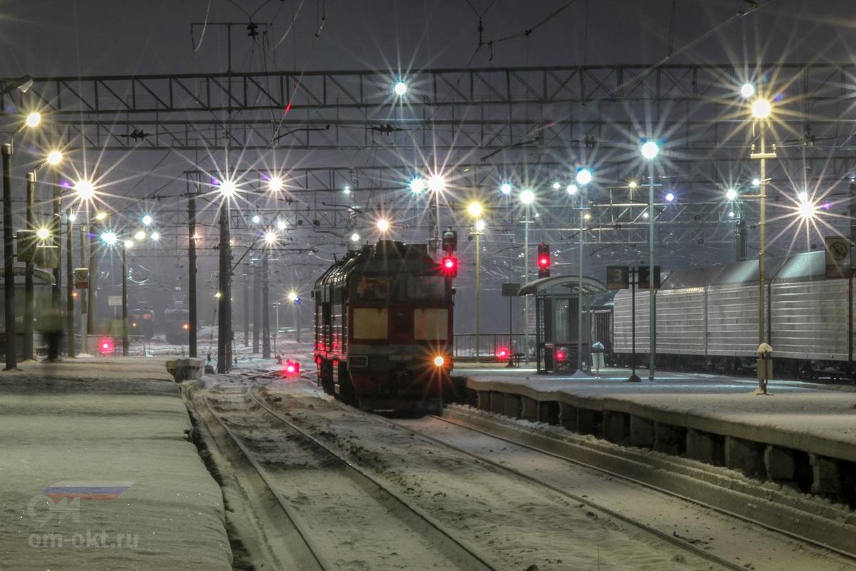 Тепловоз 2ТЭ116-1394 на станции Волоколамск