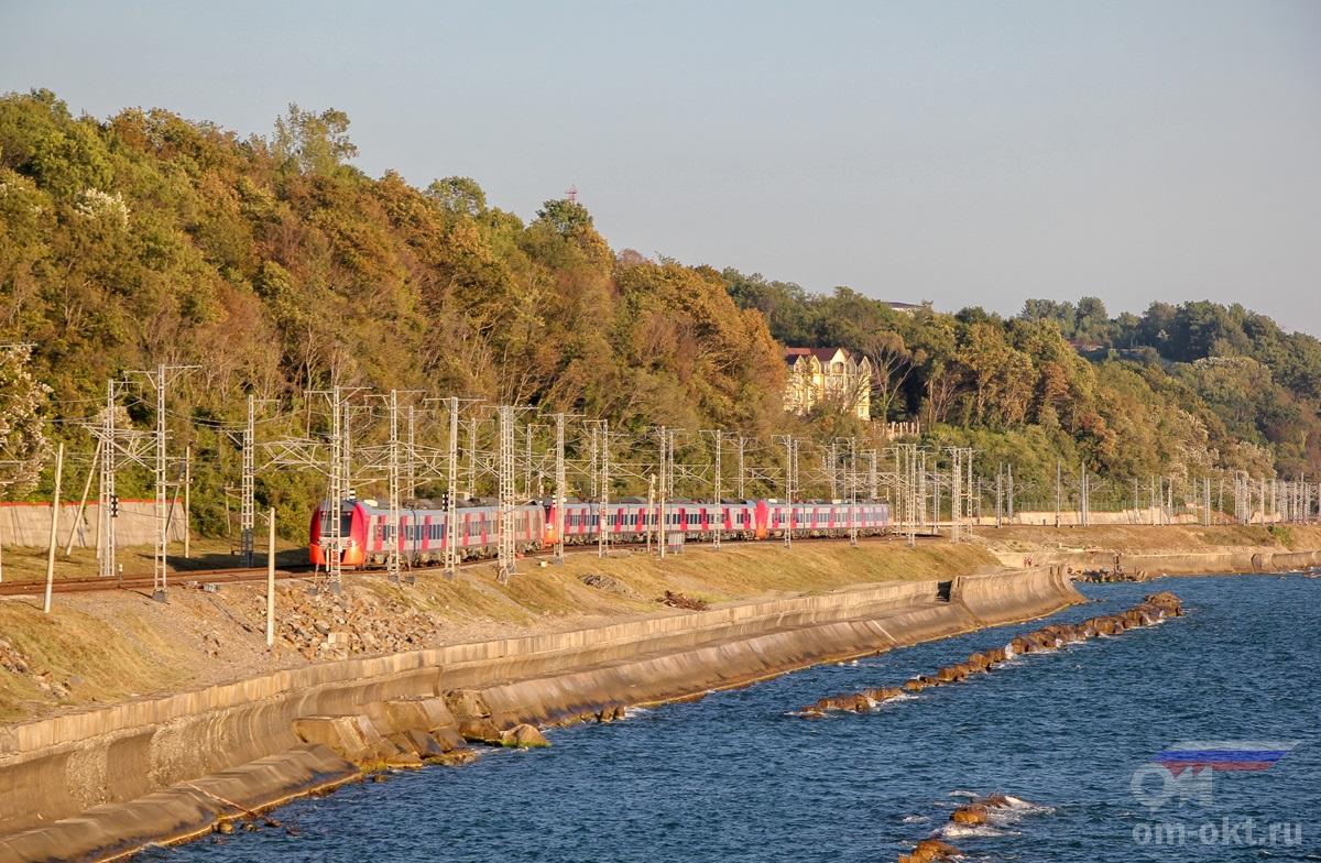 Электропоезда ЭС1 «Ласточка», перегон Якорная Щель - Лоо